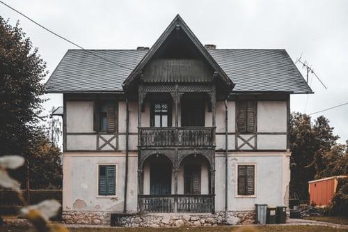 ce trebuie sa faci demolare casa veche